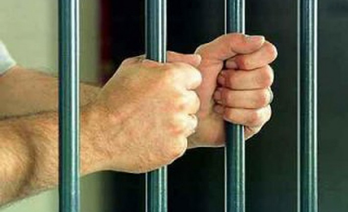 На Черкащині чоловіка, який обкрадав будинки та автівки, засуджено майже до семи років в'язниці