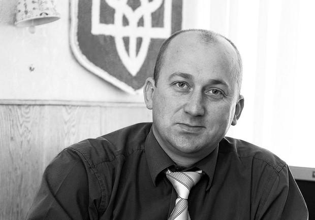 Завтра у Черкасах відбудеться церемонія прощання із директором черкаської школи, який загинув у ДТП